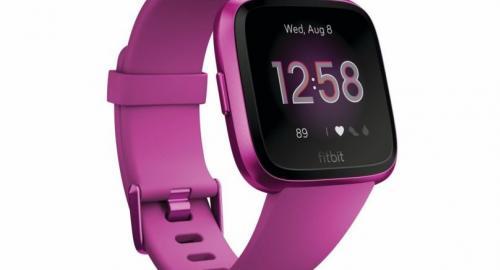 A Fitbit Versa Lite Edition smartwatch, Bt6,690