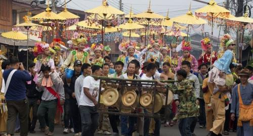 Mae Hong Son's annual Poy Sang Long Festival is held during summer to pay homage to Lord Buddha.