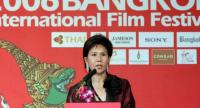 Juthamas Siriwan addressing the opening ceremony of the 2006 Bangkok International Film Festival in Bangkok.//Photo: AFP