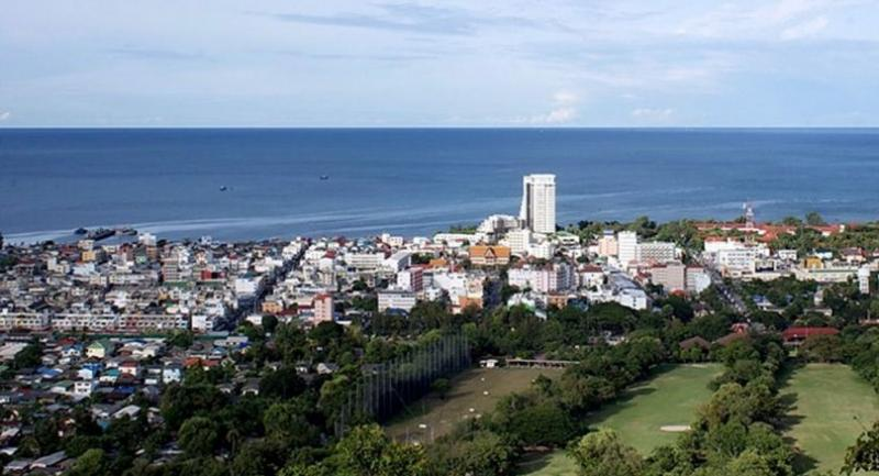 File photo: Hua Hin // Photo from: Noiwanwannoi user name in Pantip.com