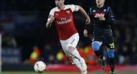 File photo : Arsenal's Armenian midfielder Henrikh Mkhitaryan (L)//AFP