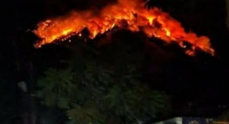 Mount Agung erupts in Karangasem, eastern Bali, on July 2, 2018. (AFP/Badan Nasional Penanggulangan Bencana / Handout)