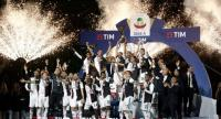 Juventus players celebrate being crowned champion at the end of the Italian Serie A football match Juventus vs Atalanta on May 19, 2019 at the Allianz stadium in Turin.  Isabella BONOTTO / AFP