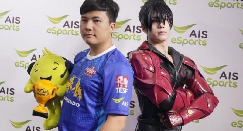 Nopparut Hempamornleft, with a model dressing as Jin Kazama, a character in Tekken7.