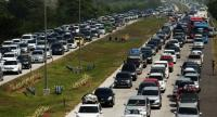 Lines of cars heading to Central Java queue on a toll road in Cirebon, West Java, Indonesia on June 1.//EPA-EFE