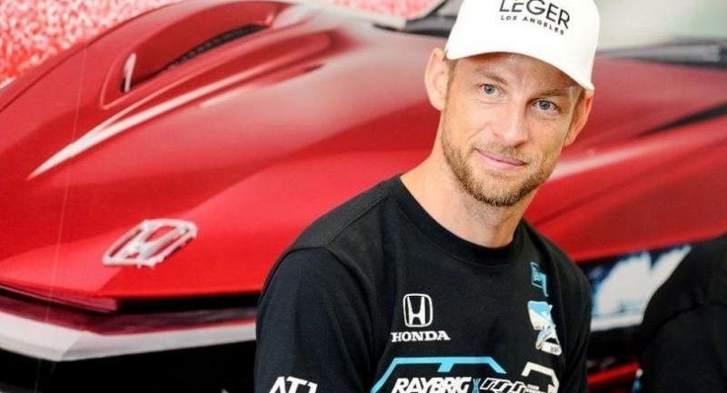 Ex-Formula One world champion Jenson Button will be among several high-profile racing drivers in Buri Ram at the end of the month.