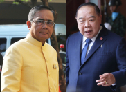 General Prayut Chan-o-cha, left, and General Prawit Wongsuwan