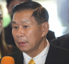 MP Seripisut Temiyavej, leader of the opposition Seri Ruam Thai Party