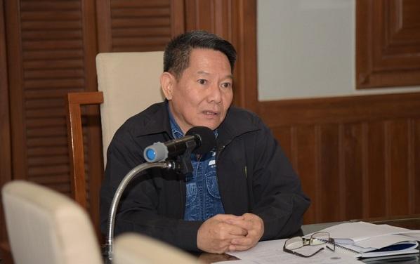 Livestock Development Department deputy chief Jeerasak Pipatpongsopon