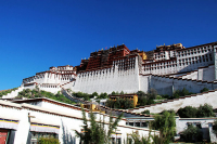 A view of Potala Palace, Aug 23, 2011. [Photo/chinadaily.com.cn]
