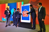 Deputy Prime Minister Heng Swee Keat (third from left) said Shopee's growth is aligned with Singapore's plans for growing the economy and positioning itself as a hub for the region to harness the potential of the growing digital economy. ST PHOTO: NG SOR LUAN