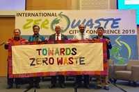 Representatives from Asian cities and NGOs commit to zero waste solutions.  VNS Photo Khánh Dương