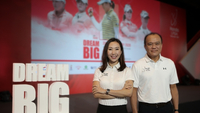 Winnie Heng, Vice President & Managing Director of IMG Thailand and     Pitak Pruittisarikorn, Chief Operating Officer of Honda Automobile (Thailand).