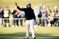 OTSU, JAPAN - NOVEMBER 09: Ai Suzuki of Japan celebrates the birdie on the 15th green during the second round of the TOTO Japan Classic at Seta Golf Course North Course on November 9, 2019 in Otsu, Shiga, Japan. (Photo by Matt Roberts/Getty Images)