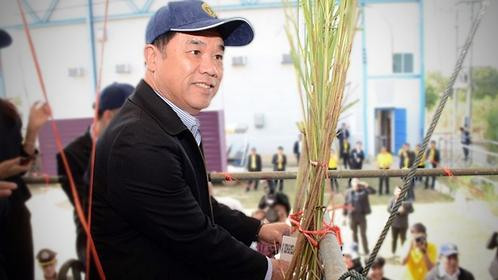 Suriya Juangroongruangkit, Industry Minister