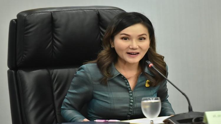 Narumon Pinyosinwat, Government Spokesperson