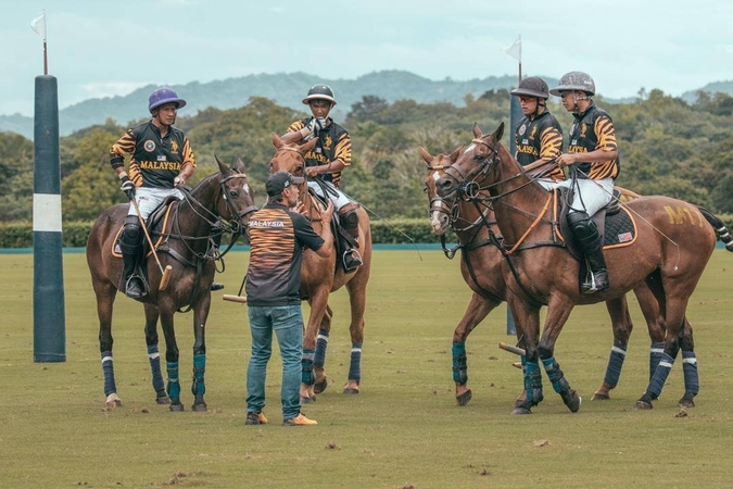 The Malaysian polo team at the Philippines Sea Games.