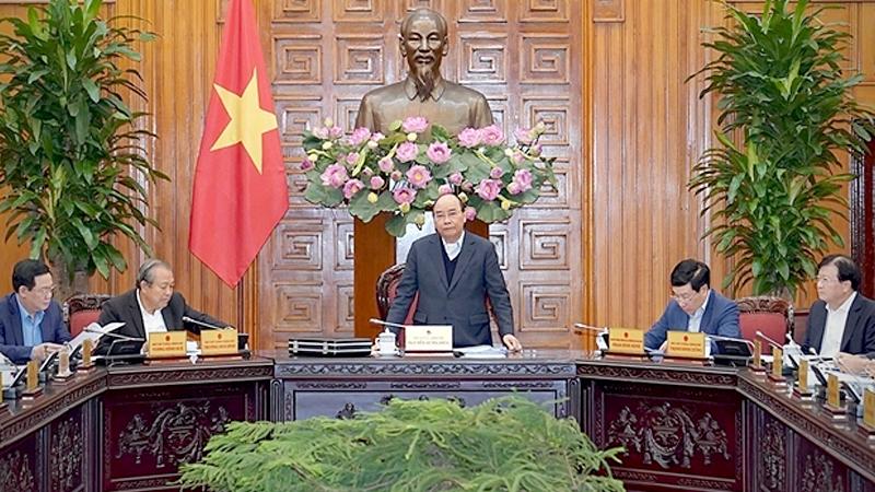 PM Nguyen Xuan Phuc chairs the meeting. — VNA/VNS Photo