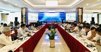 Speakers at the Building Resilience Drought Southeast Asia dialogue held yesterday in Cần Thơ. VNS Photo Bồ Xuân Hiệp