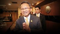 Somsak Thepsuthin, Justice Minister