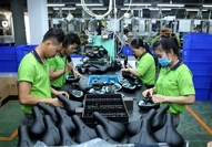 Saddles made at Taiwanese firm Pro Active Global Vietnam, located in Dai Nang Industrial Park in the southern province of Binh Duong. Disbursed capital of FDI projects reached US$20.4 billion in 2019. VNA/VNS Photo Danh Lam