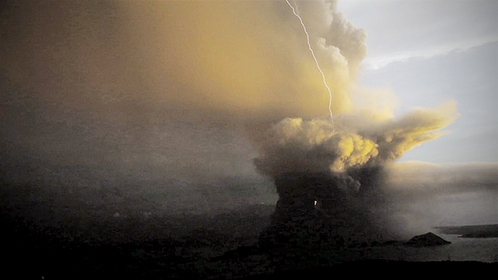 DANGER LEVEL Lightning strikes as volcanic activity intensifies on a rainy Sunday afternoon, as shown in this photo taken from Picnic Grove in nearby Tagaytay City. —RICHARD A. REYES   Read more: https://newsinfo.inquirer.net/1212107/taal-volcano-erupts-2#ixzz6ArvfsgFg  Follow us: @inquirerdotnet on Twitter | inquirerdotnet on Facebook