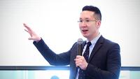 Tim Leelahaphan, Standard Chartered Bank (Thai) economist