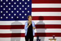 File Photo : Democratic presidential candidate Elizabeth Warren /Getty Images
