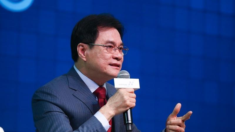 Minister of Commerce Jurin Laksanawisit