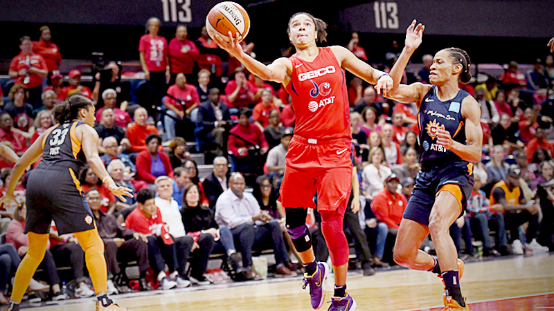 Kristi Toliver helped lead the Washington Mystics to their first WNBA title over the summer. MUST CREDIT: Washington Post photo by Katherine Frey