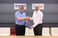 Haakon Bruaset Kjol, Head of Strategy and Transformation Group at Total Access Communications Plc or dtac together with Terje Knutsen, EVP Sales & Marketing at Yara International ASA signed a collaboration agreement on digital agriculture.