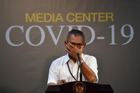 Government spokesman for handling COVID-19, Achmad Yurianto, gives a press statement at the Presidential Office in Jakarta, on March 13, 2020. (Antara/Sigid Kurniawan)
