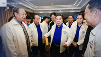 Prawit and MPs of Phalang Pracharat Party (File Photo)