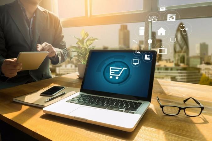 Illustration of e-commerce. (Shutterstock.com/one photo)