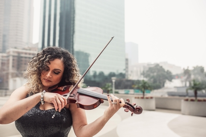For one of the 10 new Library of Congress commissions, violinist Jannina Norpoth is collaborating with composer Niloufar Nourbakhsh. MUST CREDIT: Handout photo by Laura Ise