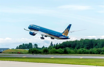 Vietnam Airlines has resumed full domestic operations. — Photo vietnamplus.vn
