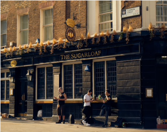 The Sugarloaf Pub sits on Cannon Street in the City of London on June 23, 2020. MUST CREDIT: Bloomberg photo by Olivia Harris.