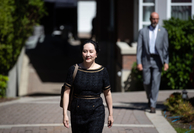 Huawei CFO Meng Wanzhou leaves her home to attend an extradition hearing in Vancouver, B.C., in May 2020..