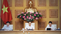 Deputy Prime Minister Vũ Đức Đam, Chairman of the National Committee for COVID-19 Prevention and Control (centre) speaks at a meeting of the committee on Monday morning. VNA/VNS Photo Văn Điệp