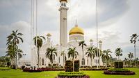 File photo shows the Omar 'Ali Saifuddien Mosque in Bandar Seri Begawan. PHOTO: BAHYIAH BAKIR