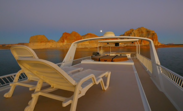 The upper deck of an Excursion houseboat on Lake Powell in the Glen Canyon National Recreation Area, which spans northern Arizona and southern Utah. MUST CREDIT: Aramark