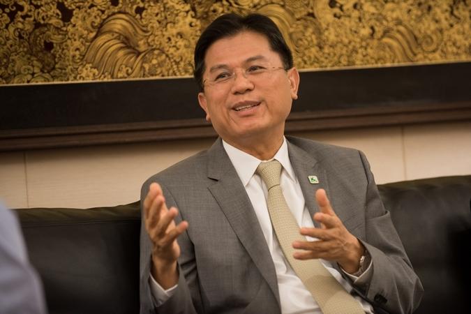 New Finance Minister Predee Daochai