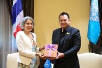 United Nations resident coordinator in Thailand, Gita Sabharwal, left, and  Education Minister Nataphol Teepsuwan .