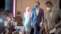 Shock announcement: Anwar, Wan Azizah and Saifuddin arriving for the press conference at a hotel in Kuala Lumpur. — Bernama