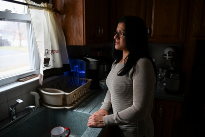 Sandra Diaz, a former employee of the Trump National Golf Club Bedminster and an undocumented immigrant, poses for a portrait in Bound Brook, N.J., in January 2019. CREDIT: Washington Post photo by Carolyn Van Houten