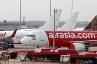Aircraft operated by AirAsia stand at Indira Gandhi International Airport in New Delhi, India, on June 28, 2020. MUST CREDIT: Bloomberg photo by T. Narayan /Photo by: T. Narayan — Bloomberg Location: New Delhi, India