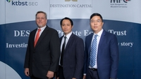 From left: Destination Capital CEO James A Kaplan, senior vice-president Supakit Eimsamank, and Thitiphat Thaveesin.