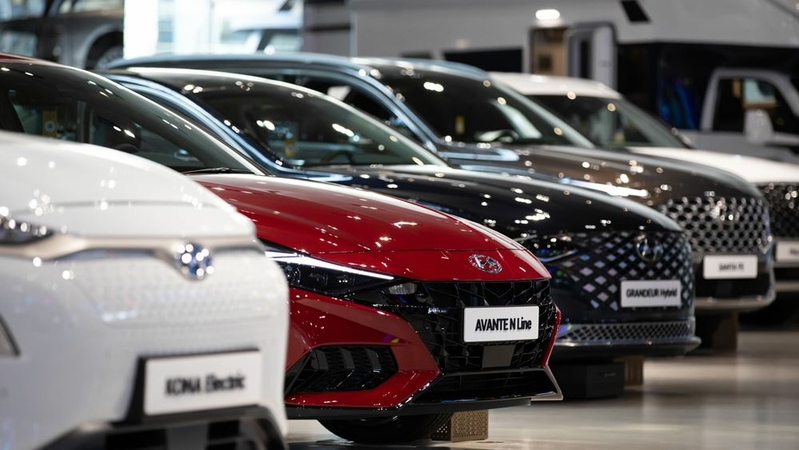 Hyundai cars are displayed at the company's Motorstudio showroom in Goyang, South Korea, on Oct. 22, 2020. MUST CREDIT: Bloomberg photo by SeongJoon Cho