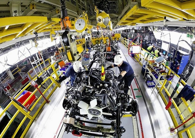 Workers are seen inside the Toyota Motor Corp.'s plant in Texas. (Courtesy of Toyota Motor Corp.)