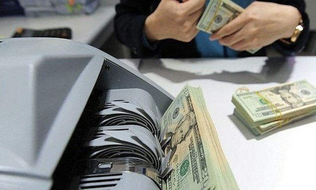 Việt Nam had the ninth highest remittances in the world last year of US$15.7 billion.  — Photo tapchitaichinh.vn